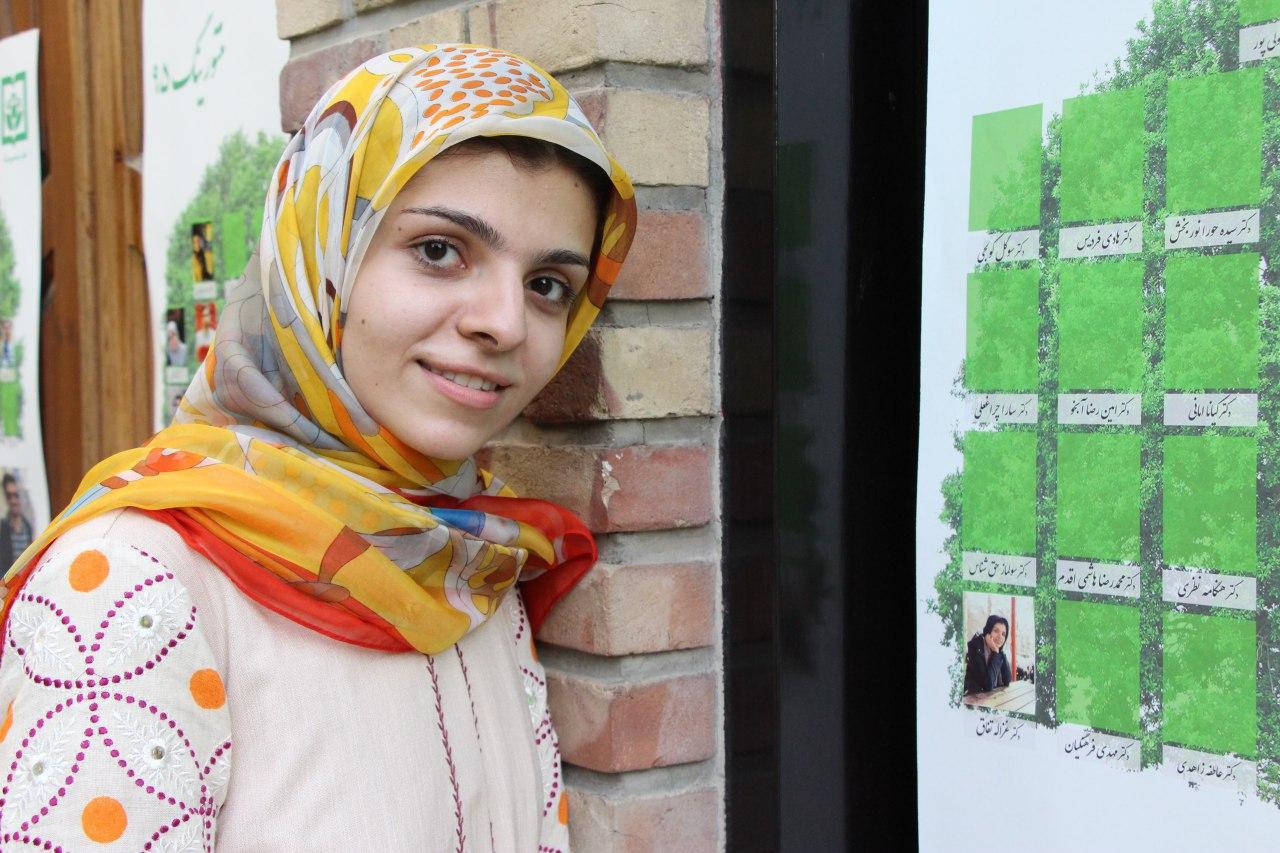مصاحبه با غزاله تفاق رتبه اول آزمون دستیاری تخصصی پزشکی